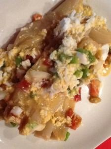 FOTO 3:  Al servir rallamos el huevo cocido.