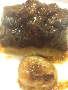 Rabo de toro en salsa con chalota.