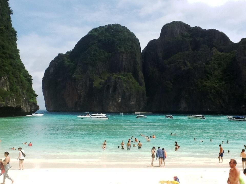 Maya Bay (La Playa), Koh Phi Phi Lee, muy recomendabe ir por la tarde.