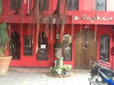 Nuestro bar-restaurante favorito La Rajdhevee.