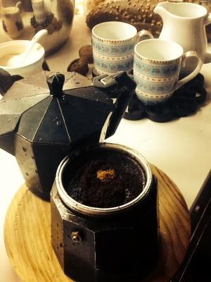 Preparamos el café con una pizca de canela