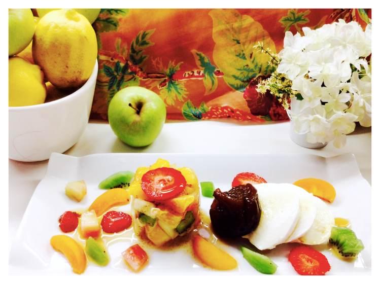 Minestrone de frutas de temporada, higo en almíbar y mozzarella 1